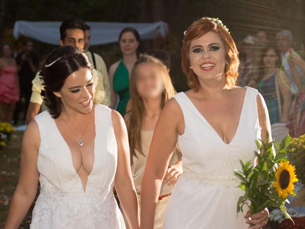Cintia e Clara se casaram em outubro deste ano  (Foto: (Foto: Cintia Freitas/ Arquivo pessoal))