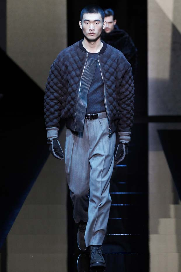 Armani - Semana de Moda de Milão inverno 2017 (Foto: Imaxtree)