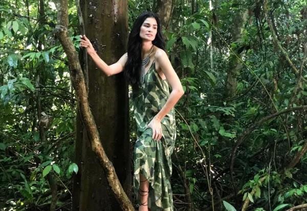 """Caroline na Amazônia: """" (Foto: Mob/ Divulgação)"""