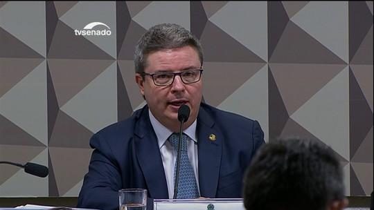 Comissão do impeachment ouve defesa de Dilma nesta quinta-feira