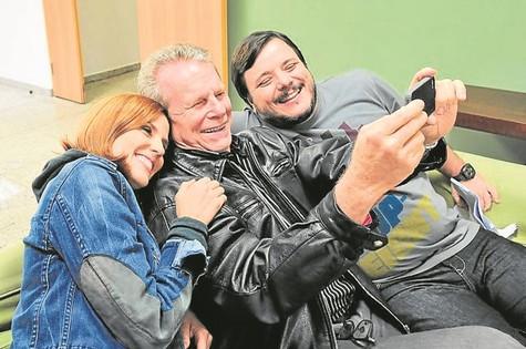 Rafaela Mandelli, Jonas Bloch e Thelmo Fernandes (Foto: Munir Chatack/Record)