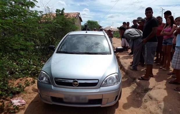 Agente penitenciário foi encontrado morto dentro do seu próprio carro (Foto: Marcelino Neto)