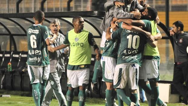Guarani arranca empate com o Corinthians (Foto: Rodrigo Villalba / Memory Press)