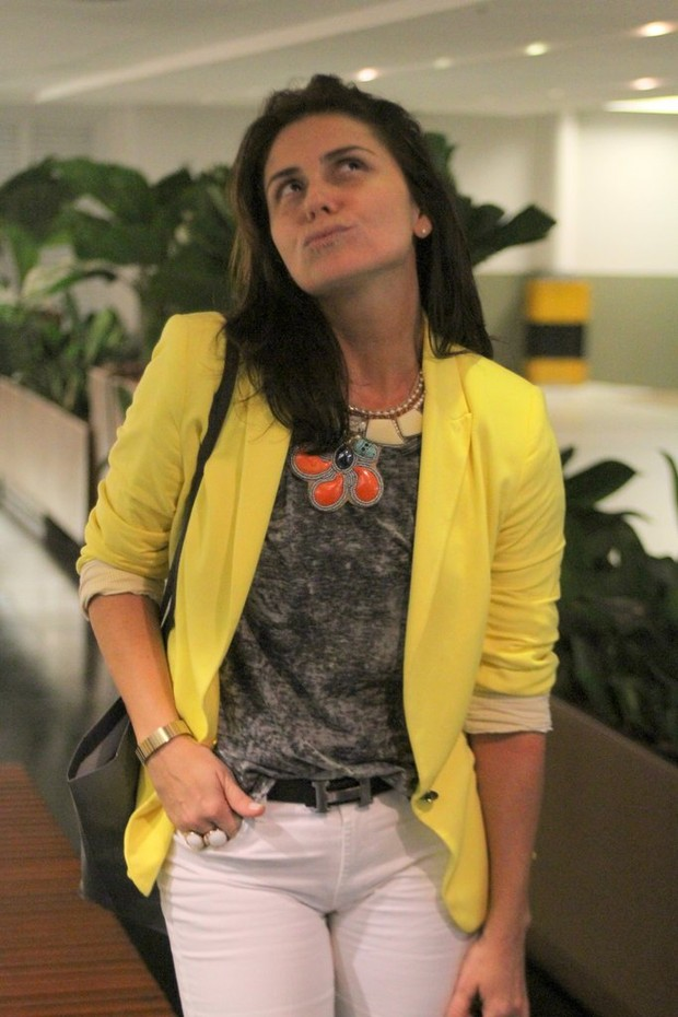 Giovanna Antonelli passeia em shopping do Rio (Foto: Daniel Delmiro/Ag. News)