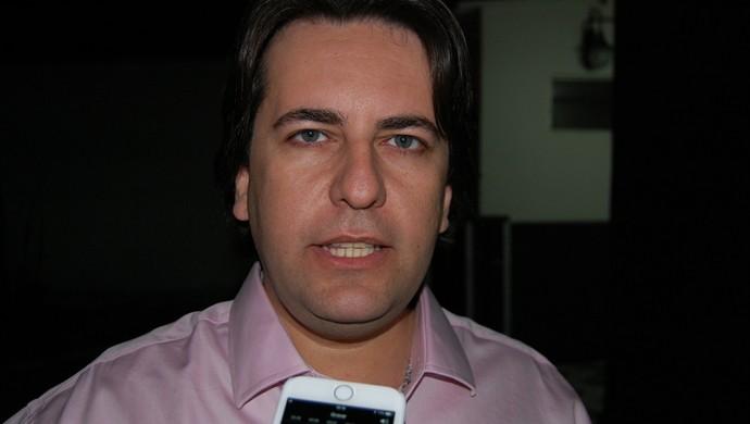 Fábio Azevedo, diretor de futebol do Treze (Foto: Silas Batista / GloboEsporte.com)