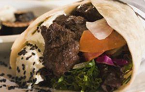 Kebab de cordeiro com vitelo