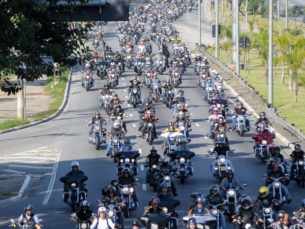 Desfile foi realizado na Zona Norte de São Paulo (Foto: Flávio Moraes/G1)