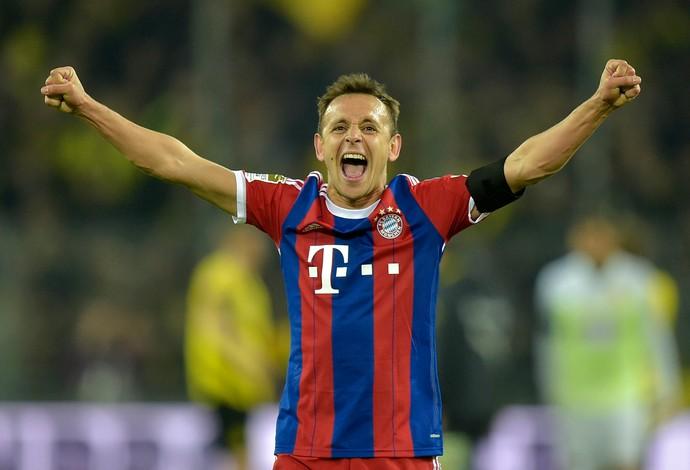 Rafinha comemora Bayern (Foto: AP)