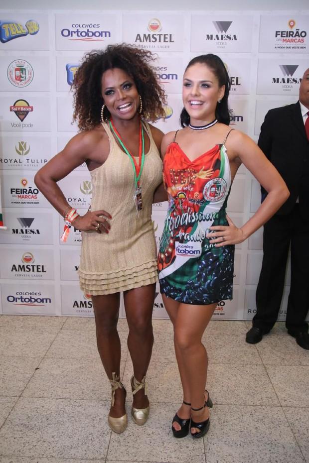 Adriana Bombom e Paloma Bernardes (Foto: Daniel Pinheiro/AgNews )