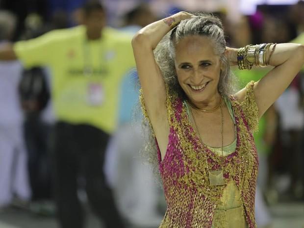 Maria Bethânia foi a grande homenageada pela Mangueira, escola campeã deste ano  (Foto: Rodrigo Gorosito/G1)
