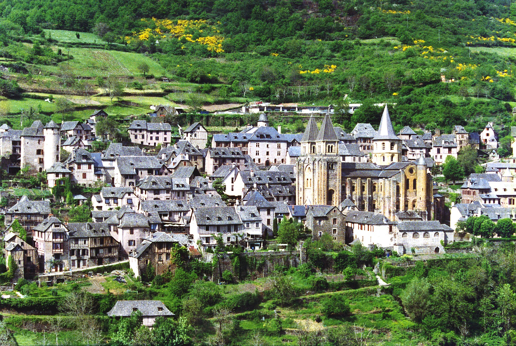 Conques, França (Foto: Wikimedia/Phillip Capper de Wellington, New Zealand)