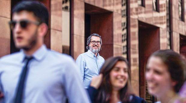 PRESENTE DE CORPO E ALMA Eduardo Seidenthal: um olhar sobre os aspectos subjetivos do trabalho (Foto: Celso Doni / Editora Globo)