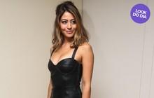 Look do dia: Carol Castro mostra boa forma em vestido de couro
