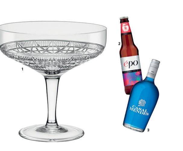 1. Jogo de taças, R$ 486, Oxford Crystal;  2. Sidra, R$ 15, Morada Épo Ambu; 3. Vinho azul,  3, Casal Mendes (Foto: Divulgação)