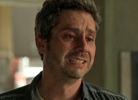 Romero conta que está morrendo e pede o perdão da mãe