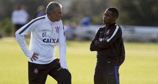 alerta ligado (Daniel Augusto Jr. / Agência Corinthians)