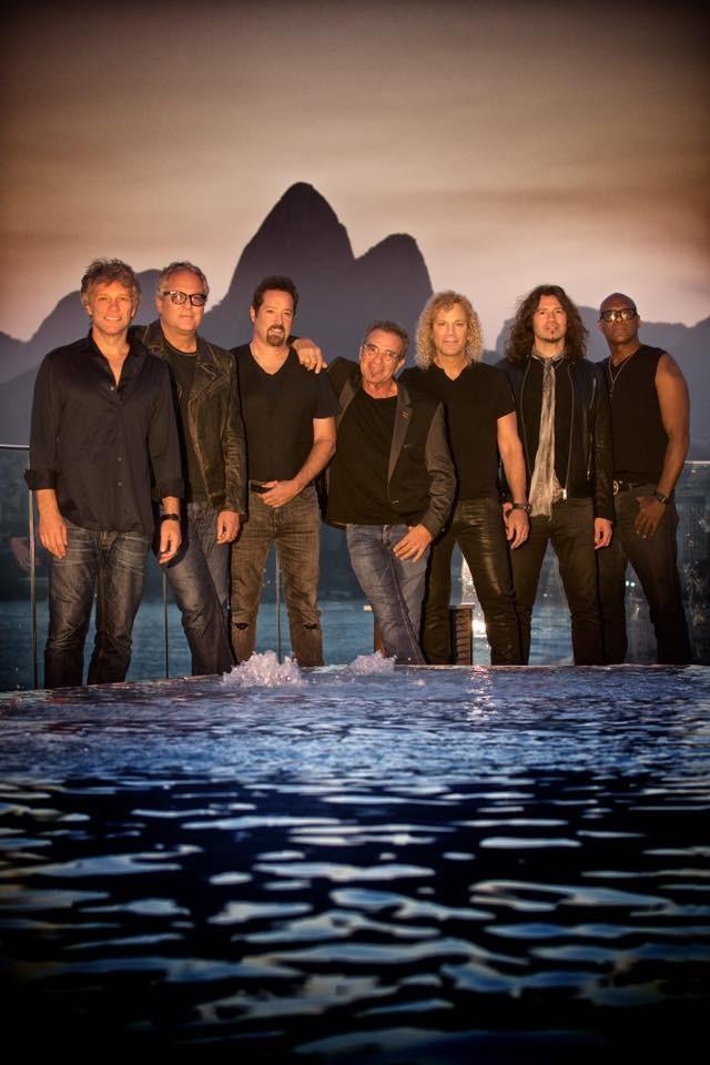 Integrantes do Bon Jovi j esto no Rio  (Foto: Reproduo/Facebook)