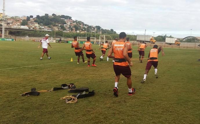 Atletas da Desportiva retornaram aos treinos após a folga desta segunda-feira (Foto: André Rodrigues/GloboEsporte.com)