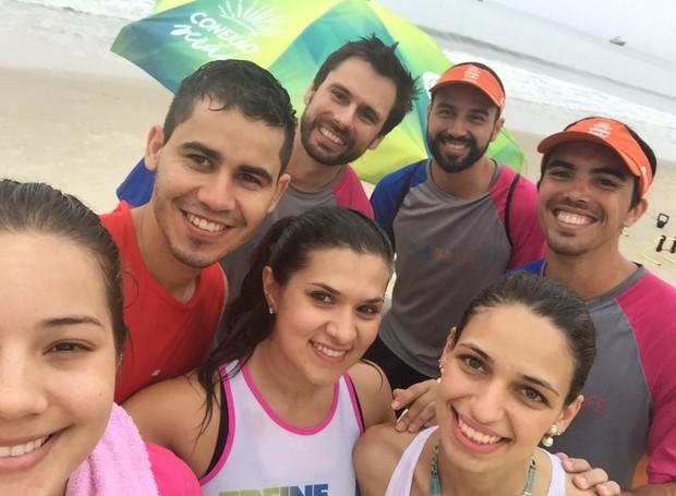 Equipe que participa do Bom Dia na Praia (Foto: RBS TV/Divulgação)