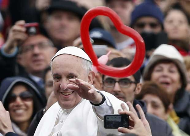 Papa Francisco durante a audiência gerald esta quarta-feira (20) (Foto: Stefano Rellandini/ Reuters)
