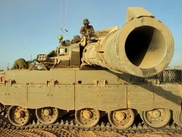 Tanque do Exército de Israel. (Foto: Gil Cohen-Magen / AFP Photo)