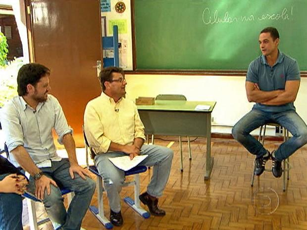 Professores de escola em São Paulo conversam com Fabrício Battaglini (Foto: Mais Você / TV Globo)