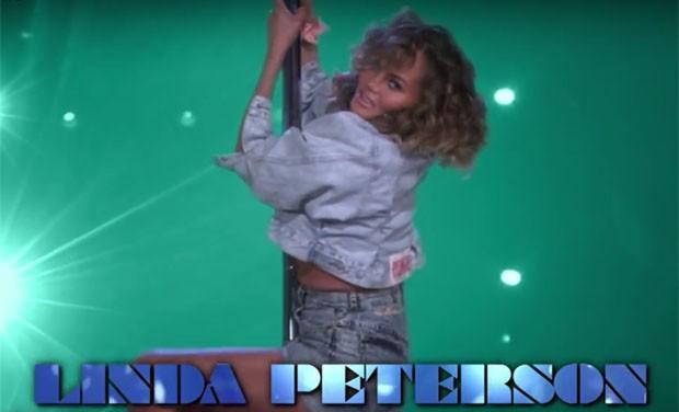 Chrissy Teigen em paródia de Magic Mike (Foto: Reprodução)