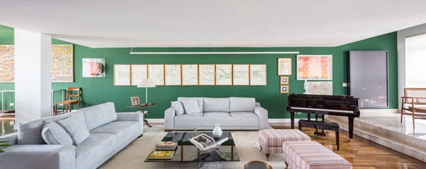 Verde até no teto: pintura realça décor e obras de arte  (Foto: Haruo Mikami)