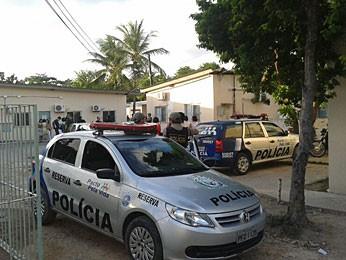 Tentativa de fuga no Cenip/Funase, no Recife (Foto: Priscila Miranda / G1)