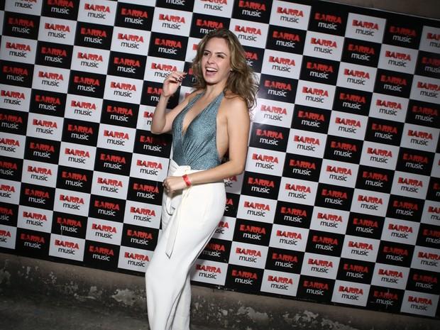 Ex-BBB Ana Paula em show na Zona Oeste do Rio (Foto: Raphael Mesquita/ Divulgação)