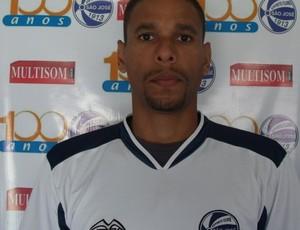 Douglas é o novo zagueiro do São José (Foto: Divulgação / São José)