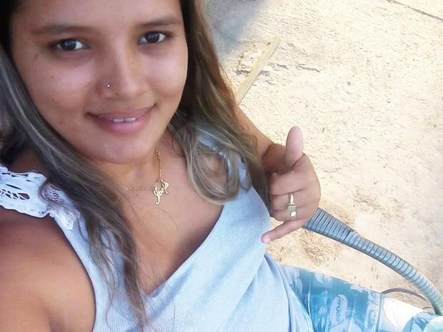 Jocia Guedes foi morta com um tiro no peito (Foto: Reprodução/Facebook)