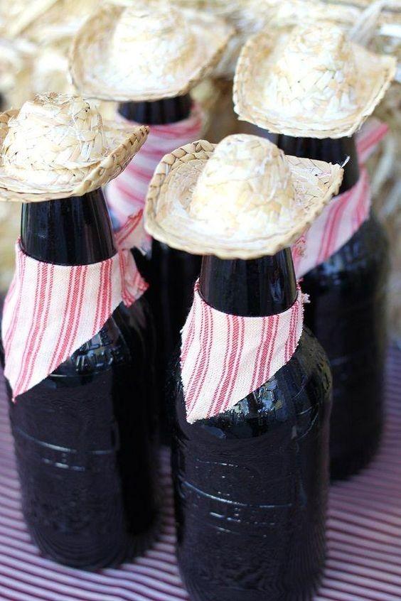Garraas com chapéus (Foto: Pinterest)