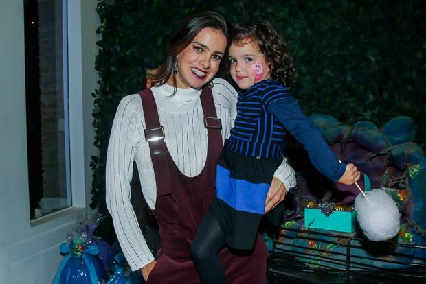 Vera Viel com a filha, Helena (Foto: Manuela Scarpa / Brazil News)