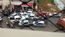 Acidente com sete carros deixa feridos (G1/G1)