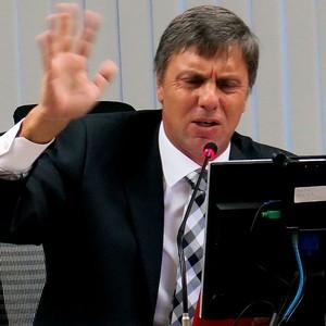 Paulo Schmitt julgamento STJD brasileirão 2013 (Foto: Edgard Maciel de Sá)
