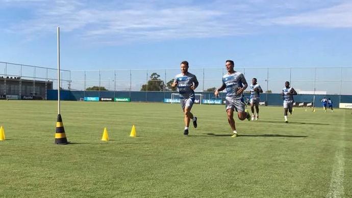 Grêmio treino Gasón Fernández Lucas Barrios (Foto: Igor Póvoa / Grêmio FBPA)