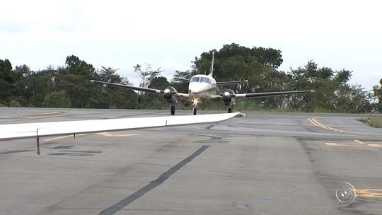 Geraldo Alckmin assina contrato de concessão de aeroportos estaduais
