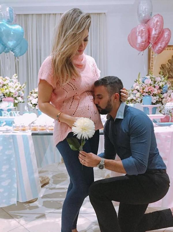 Kelly Key e o marido Mico Freitas (Foto: Reprodução / Instagram)