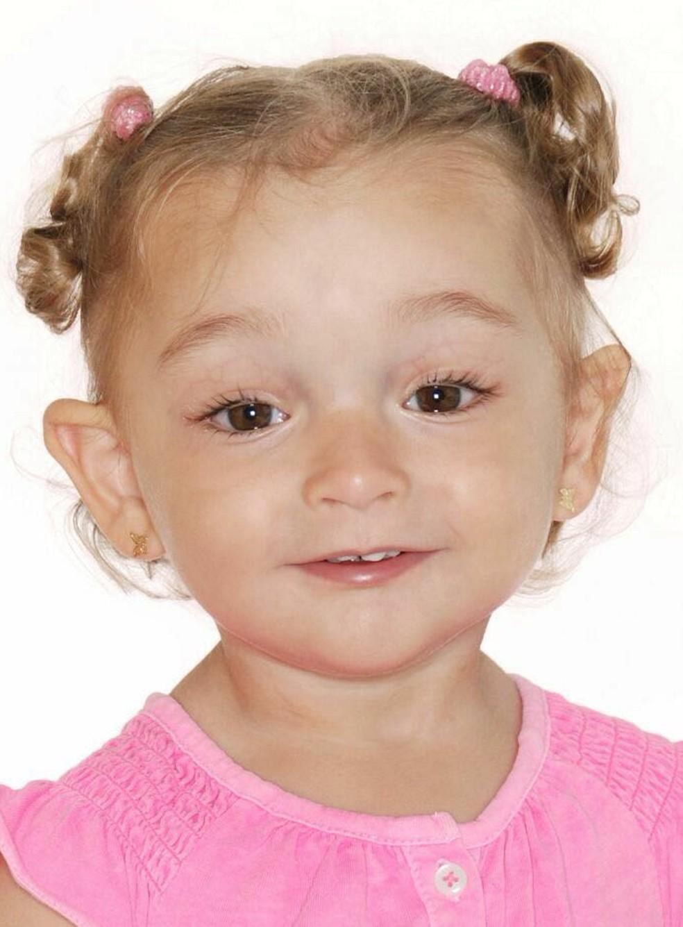 Diagnóstico da surdez demorou para ser feito em Elena (Foto: Arquivo Pessoal)