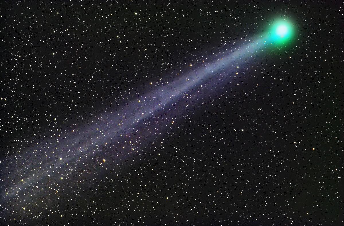 Cientistas descobrem que o cometa Lovejoy libera álcool etílico e açúcar