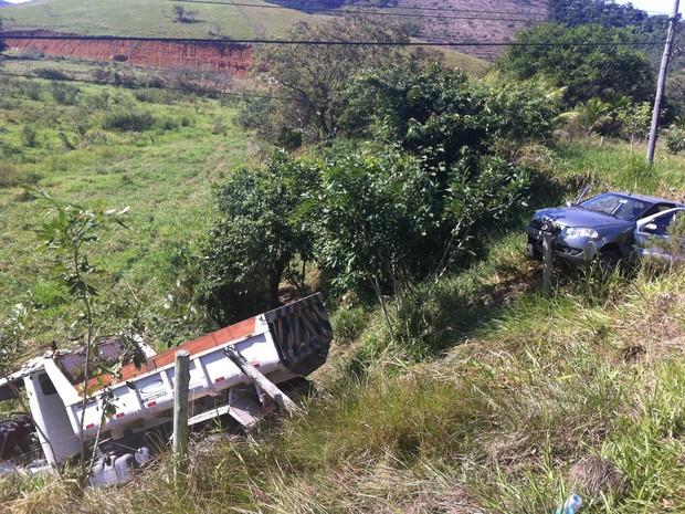 Acidente em Silva Jardim com ônibus escolar mata duas crianças (Foto: Heitor Moreira/G1)