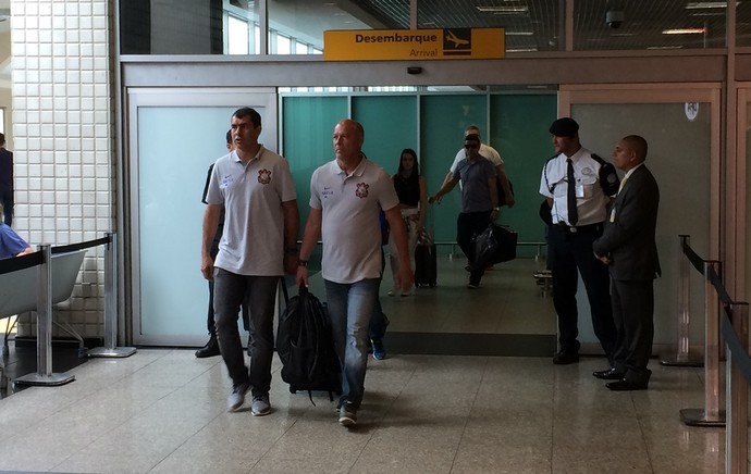 Corinthians desembarque Cuiabá-SP (Foto: Marcelo Braga)
