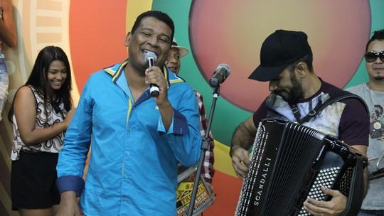 Jonas Alves, Edilson Santana e Jennifer Santos são as atrações do Paneiro deste sábado (20)