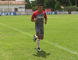 Rafael Estevam, lateral-esquerdo do América-RN (Foto: Edmo Anderson)
