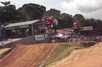 Pilotos de MS vão disputar etapa do brasileiro de bicicross no DF (Foto: Divulgação/Febicicross-MS)