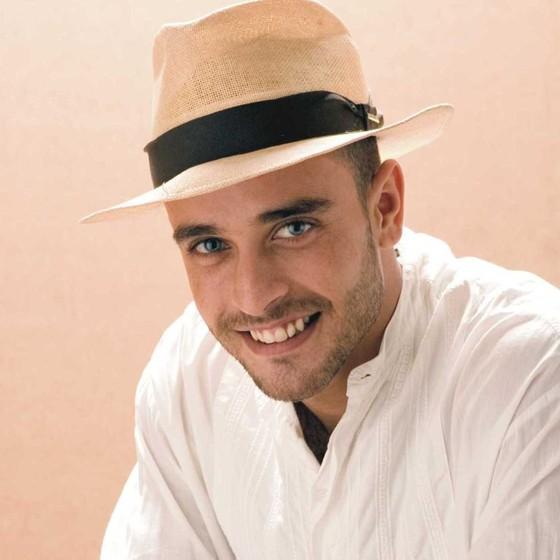 Diogo Nogueira volta a cantar no Vivo Rio, onde começou a turnê do seu último CD (Foto: Divulgação)