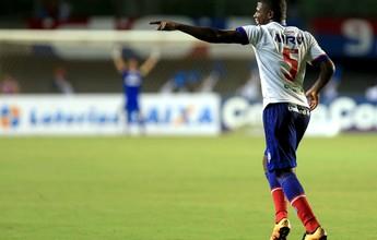 """Perto do 80º jogo, Feijão espera vida longa no Bahia: """"200, 300 jogos"""""""