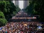 Multidão lota o Centro do Rio no desfile do Bola Preta neste sábado