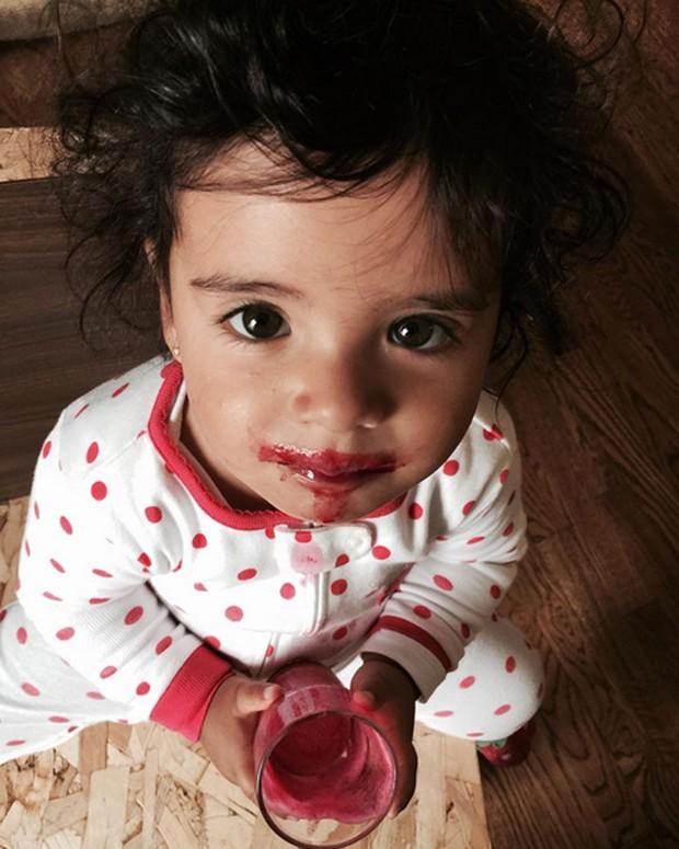 Isabel, filha de Carolina Ferraz (Foto: Instagram/ Reprodução)